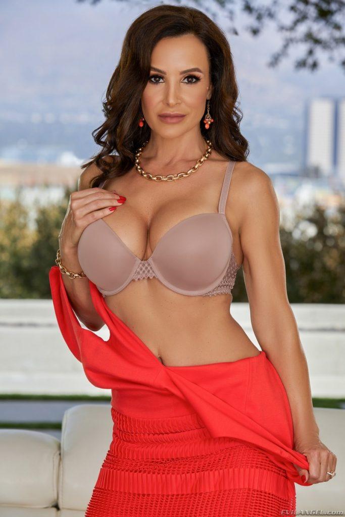 Lisa Ann, Evil Angel